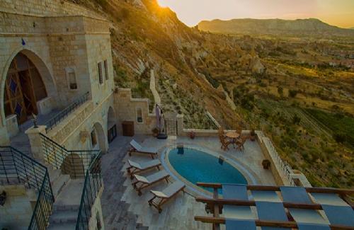 Grandiose Cappadocian